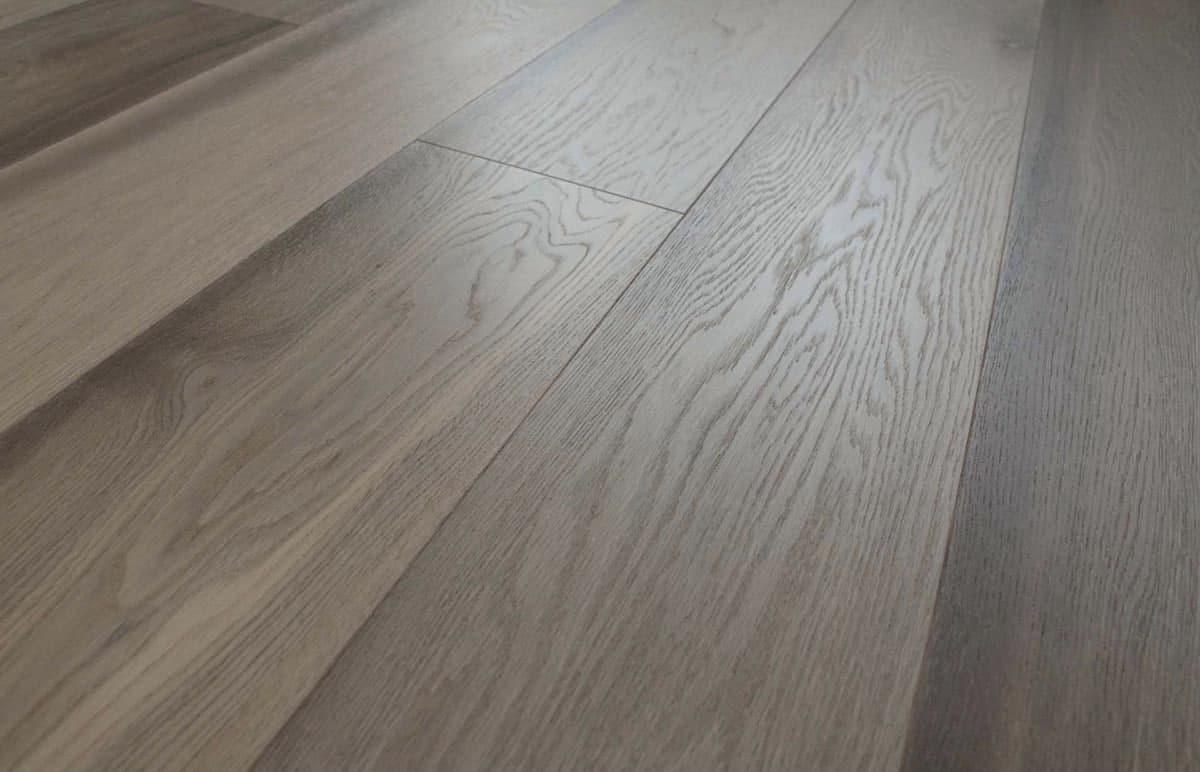 Prefinished Grey Antique Oak Flooring Wide Plank 15mm