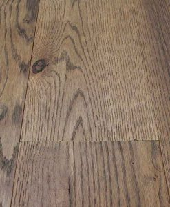 Brown oak flooring Made in Italy