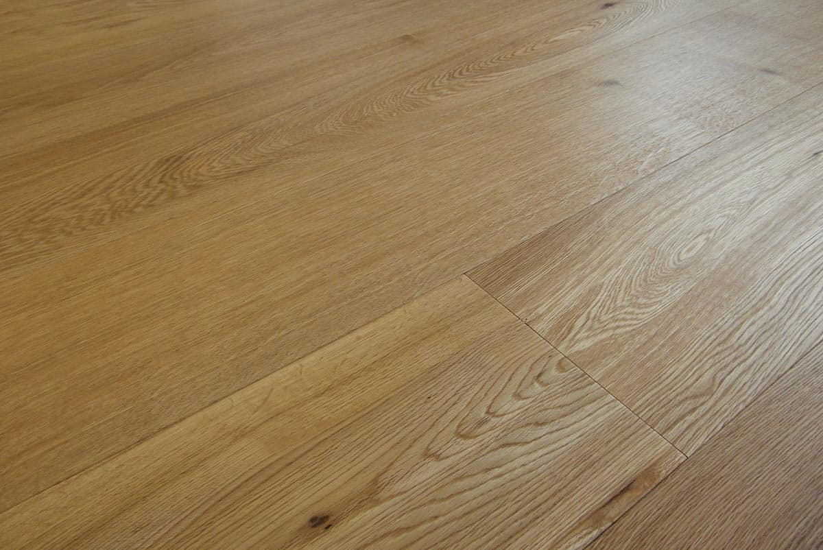 Natural oak flooring made in italy engineered wide plank for Armony floor