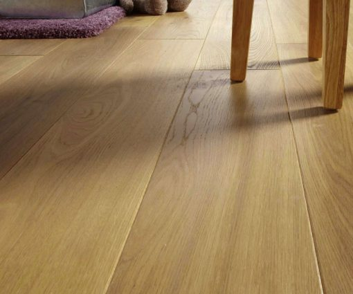 Prefinished natural brushed oak flooring nature class for Benefits of bamboo flooring