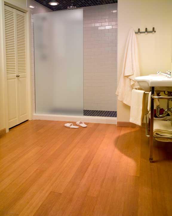 Parquet in bagno pavimenti per bagno in legno - Parquet per cucine ...