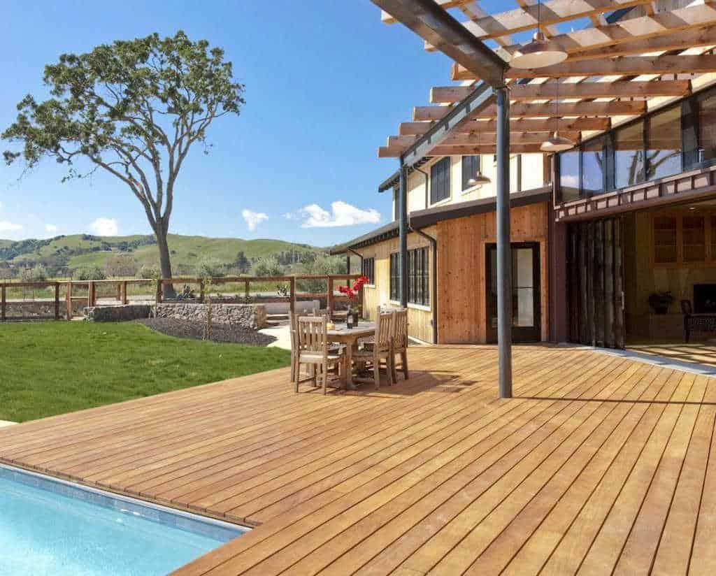 Parquet Garapa: legno per esterni, decking massello prefinito