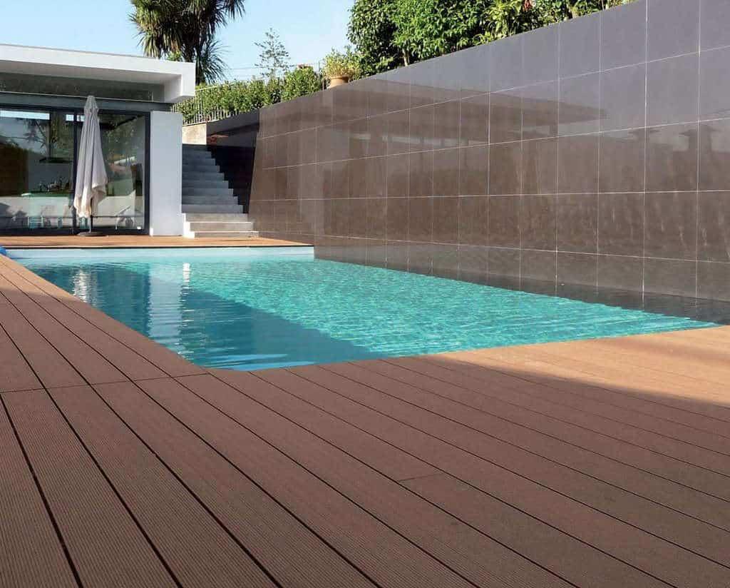 Parquet per esterni pavimenti in legno a prezzi di fabbrica - Pavimento esterno finto legno ...
