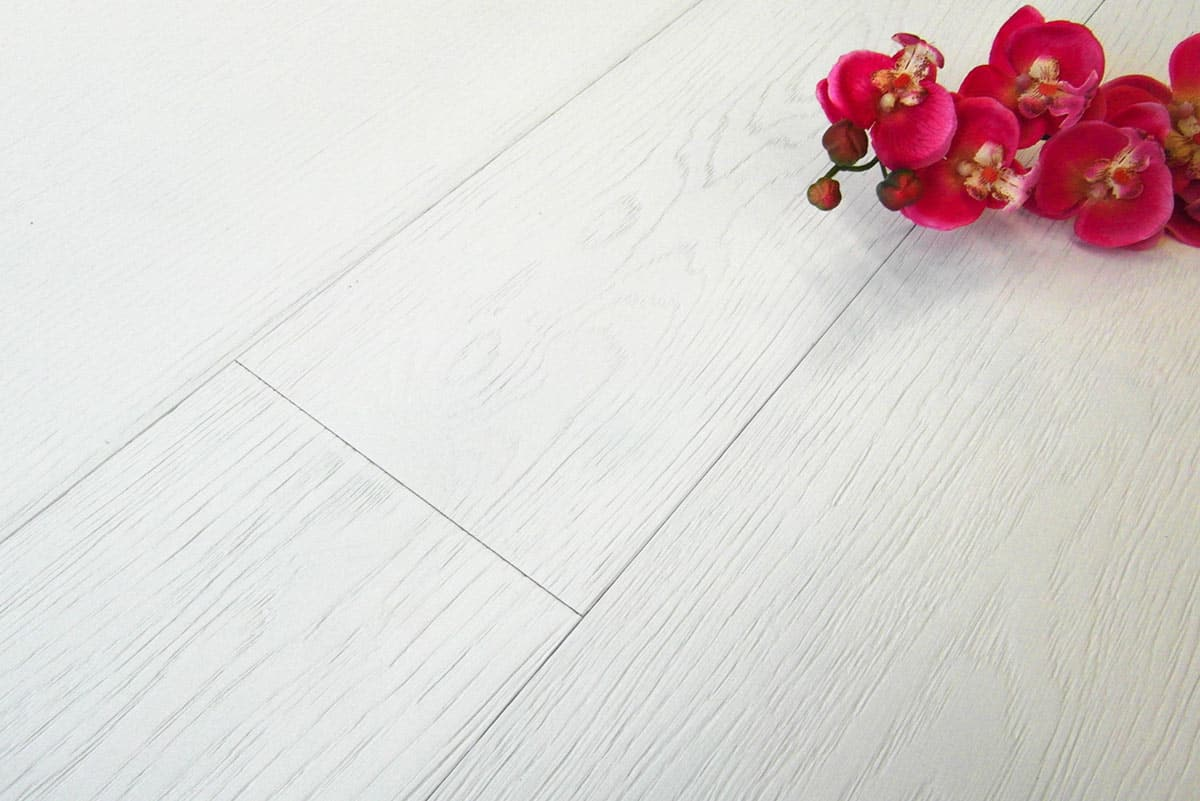 Parquet rovere bianco assoluto prefinito made in italy fsc for Parquet armony floor