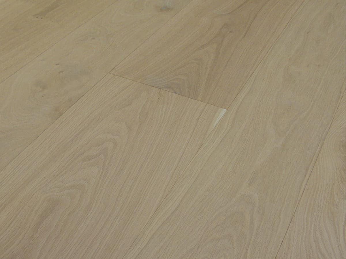 Parquet rovere effetto grezzo pavimento prefinito italia for Parquet armony floor