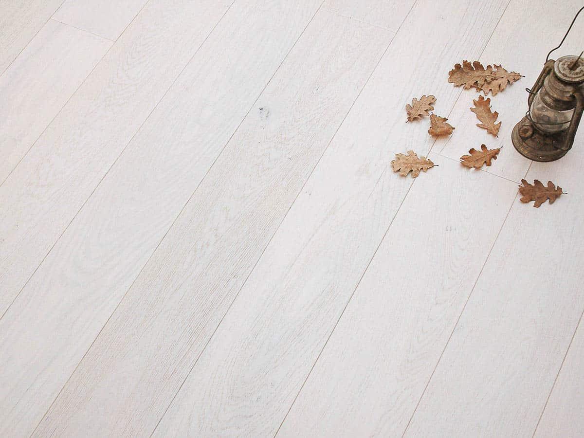 Parquet rovere sbiancato neve spazzolato linea natura for Parquet armony floor