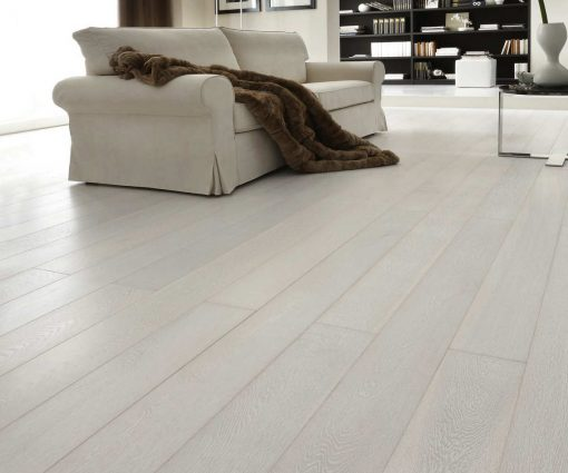 White Bleached Prime Oak Flooring First Class Wide Plank