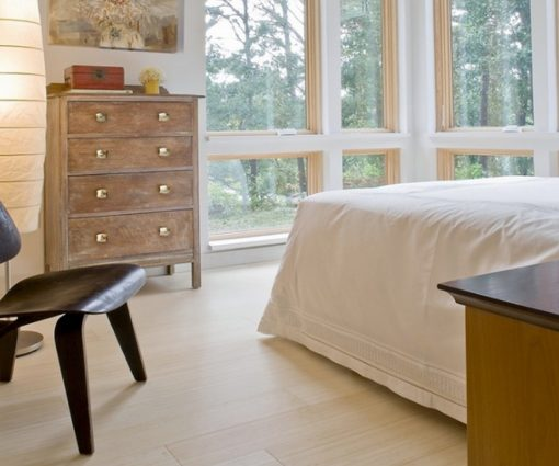 Horizontal bleached bamboo flooring 1