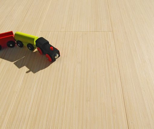 vertical-bleached-bamboo-flooring-italy-010